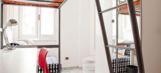 Villa ada: camera classic con poltrona e affaccio interno