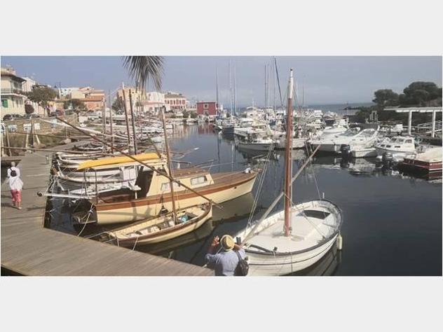 Barca a motore gozzi vari lista privati anno2019 lunghezza