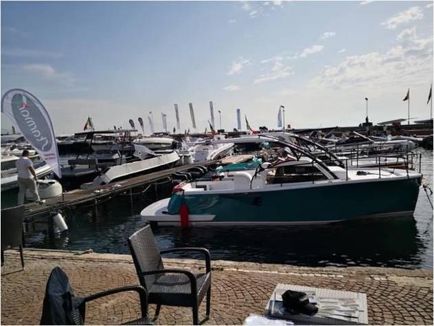 Barca a motorebimax fisher cabinato bimax anno2019 lunghezza