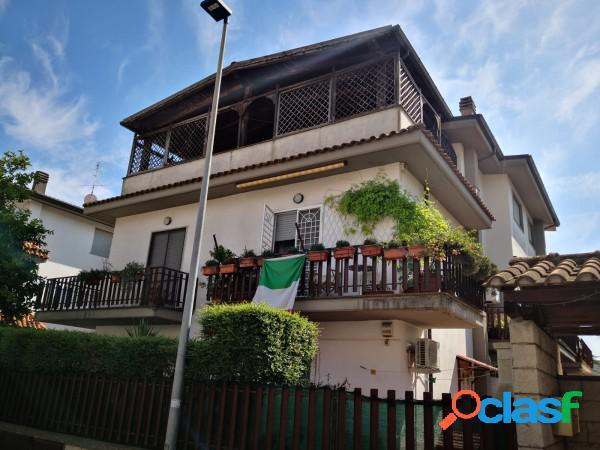 Aprilia appartamento 2 locali 85.000 eur t203