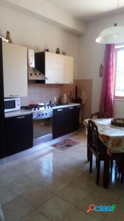 Aprilia appartamento 4 locali 90.000 eur t405