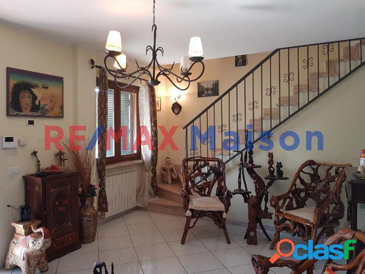 Guidonia montecelio - 4 locali � 240000 t427