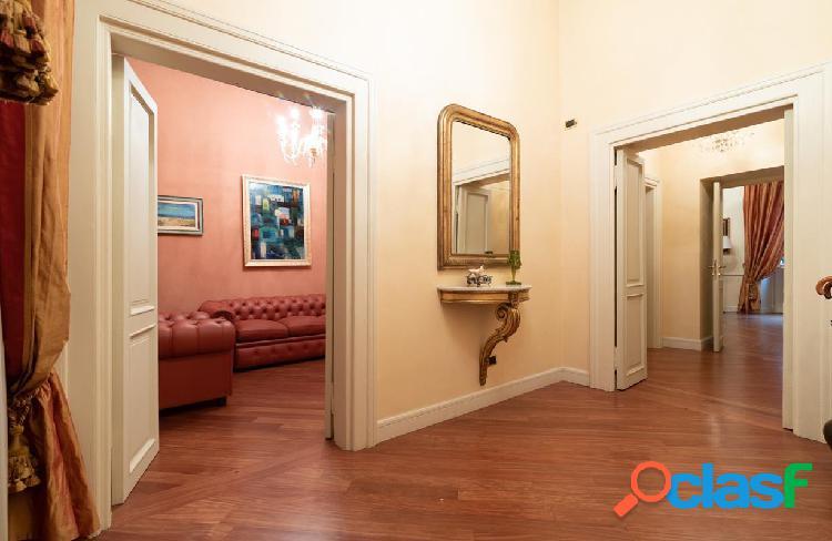 Centro storico - appartamento 4 locali € 1.990.000