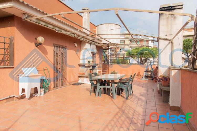 Domitilla - ampio 3 locali € 179.000 t313