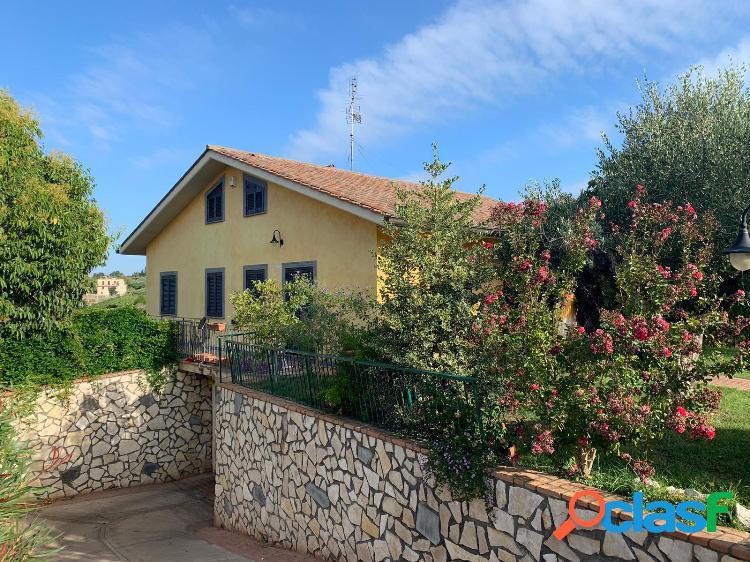 Albano laziale - villa 5 locali € 395.000 t506