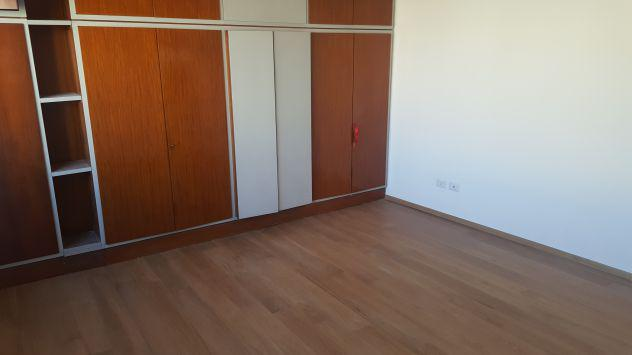 Zona maciachini - trilocale via legnone - rif agenzia: 3033