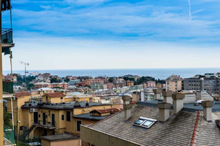 Appartamento a Borgoratti, Genova