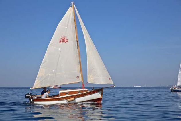 Barca d'epoca a vela