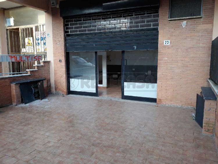 Commerciale - Negozi e Uffici a Ladispoli