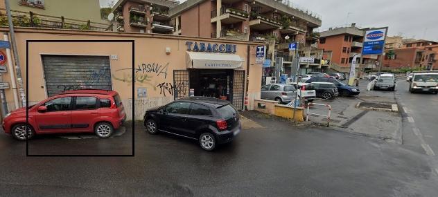 Pisana - negozio 2 locali € 600 na215