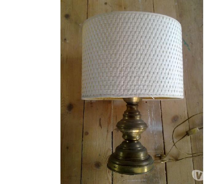 Lampada Ovale in metallo e stoffa