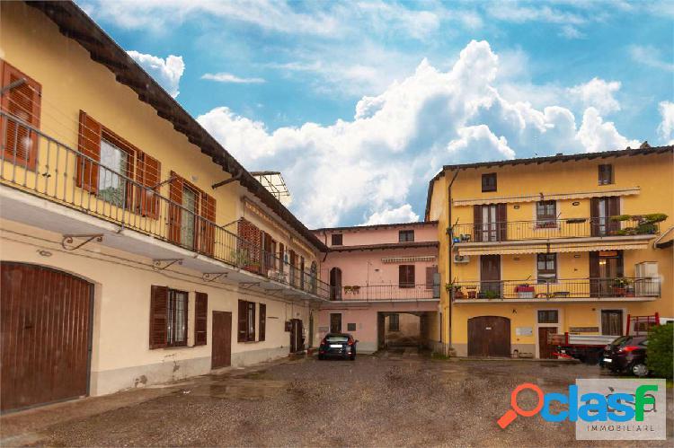Appartamento quadrilocale a Malnate zona centro