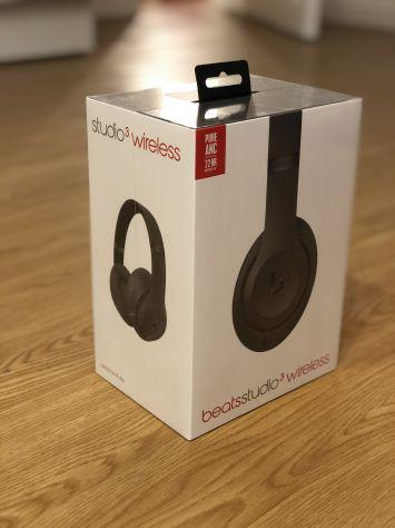 Beats studio 3 wireless con custodia viaggio.
