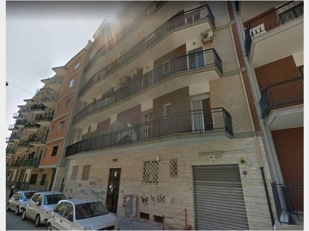 Professionale in affitto appartamento san pasquale mq63