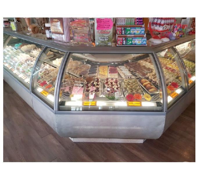 Arredamento bar gelateria pasticceria