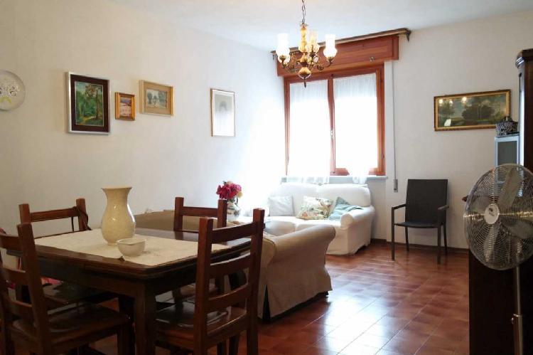 Appartamento a Avenza, Carrara