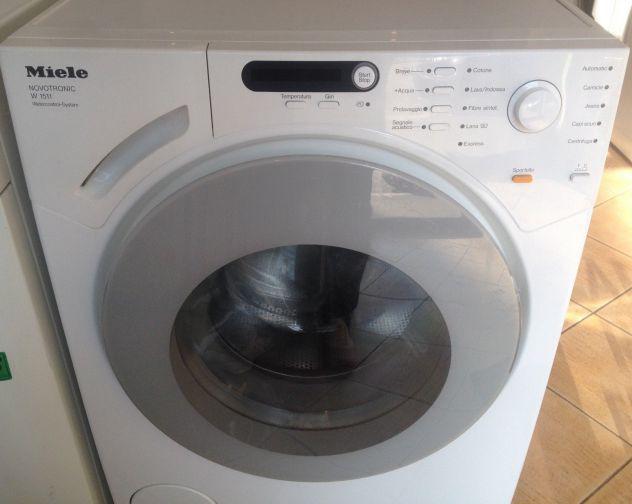 Lavatrice carica frontale MIELE W1511 garanzia 1 anno
