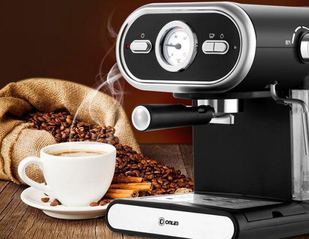 Macchina caffè e macinacaffè