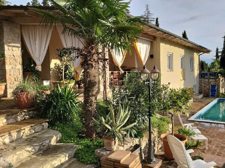 Indipendente - Villa a Colle Della Trinità, Corciano