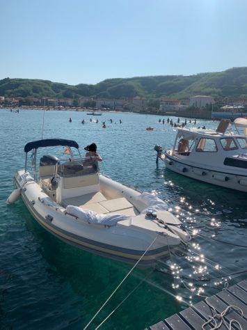 Joker boat coaster 650 + yamaha f150 + carrello ellebi tutto