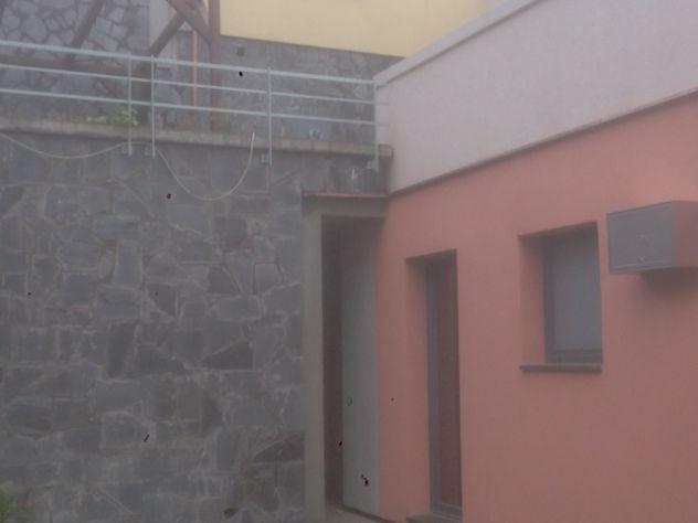 Casa nuova costruzione semi indipendente nel verde genova