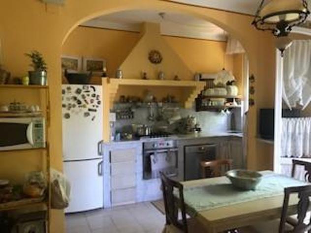 Appartamento in vendita a stagno - collesalvetti 145 mq rif: