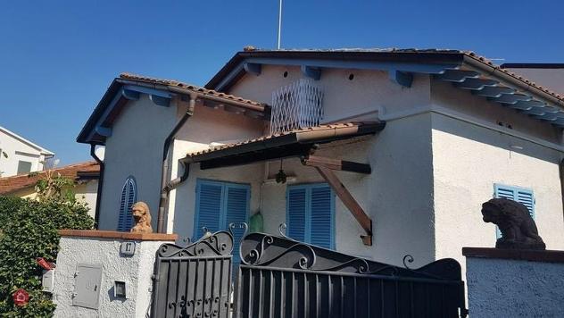 Casa indipendente in affitto a forte dei marmi