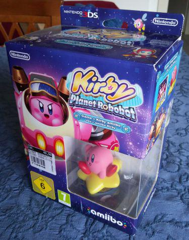 Kirby planet robobot 3ds con amiibo nuovo