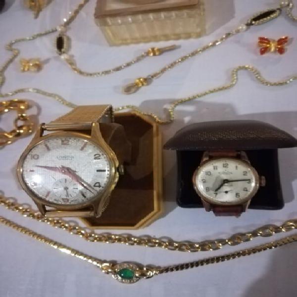 Orologio e monili vintage