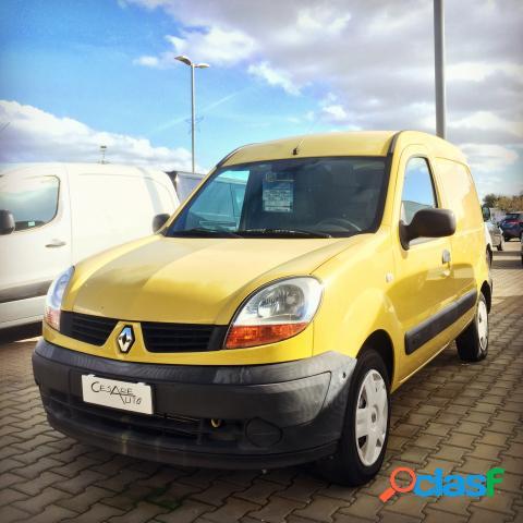 Renault kangoo diesel in vendita a pezze di greco (brindisi)