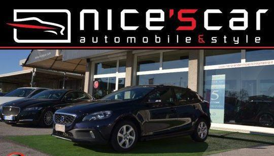Volvo v40 cross country d2 geartronic business *navi*