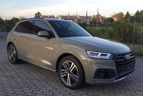 "Audi q5 40 tdi quat s tronic s line /acc/matrix/19""/"