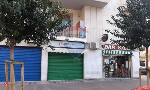 Locale commerciale in vendita a bari