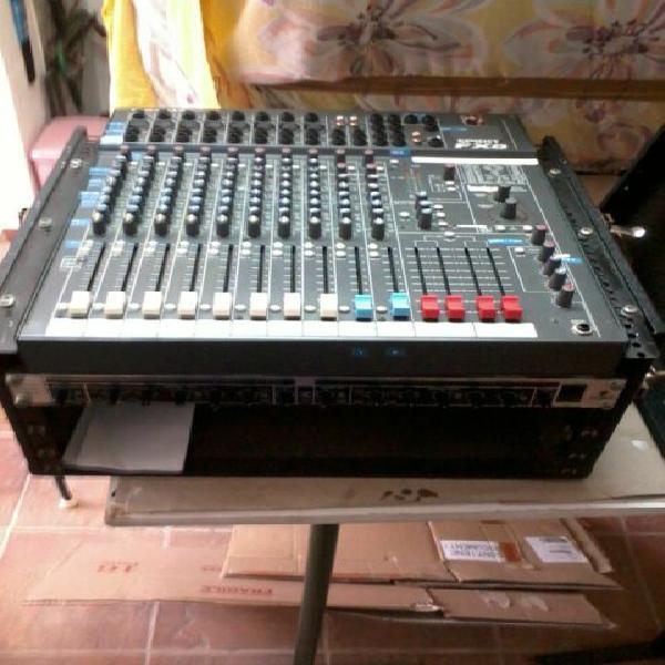 Mixer spirit by soundcraft folio fx8