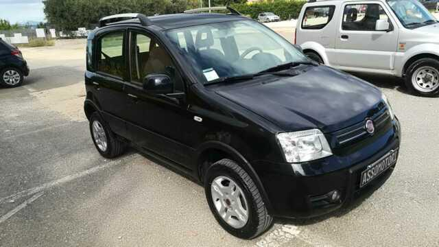 Fiat panda 4x4 diesel unico proprietario 5 porte 2012