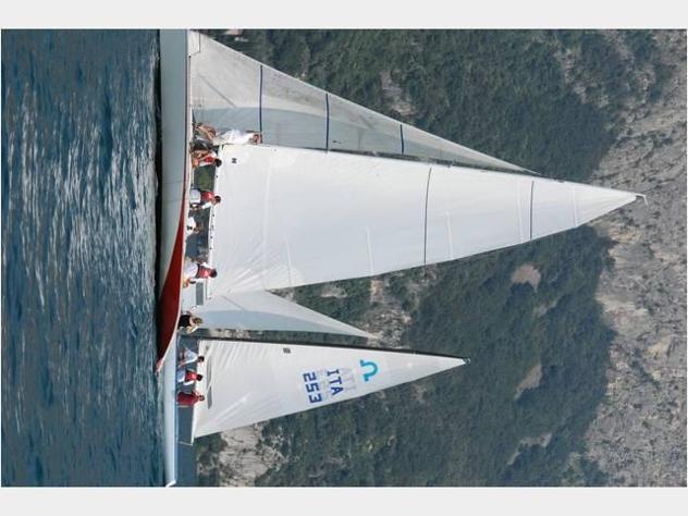 Barca a velaasso 99 cabinato di 10 metri anno1990 lunghezza