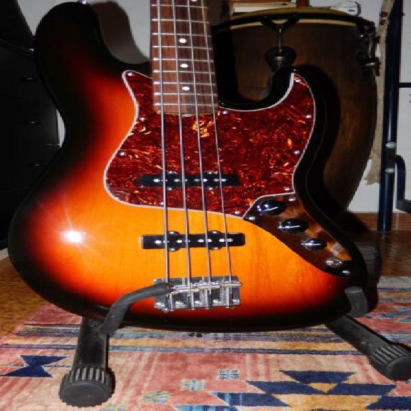 Fender jazz bass classic series 60s sunburst come nuovo