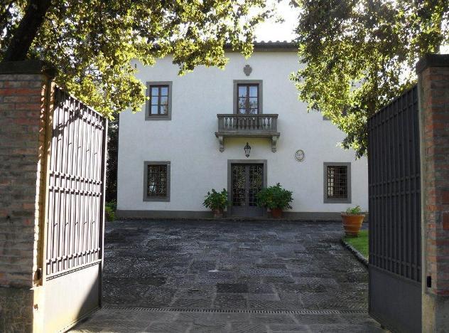Villa singola in vendita a montaione 700 mq rif: 800293