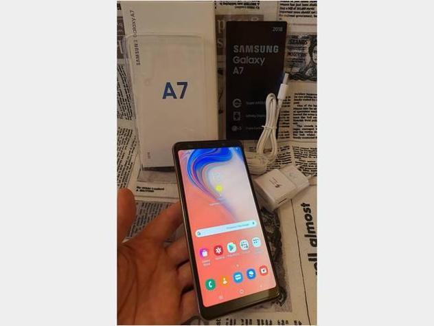 Samsung galaxy a7 64gb dual sim colore oro usato
