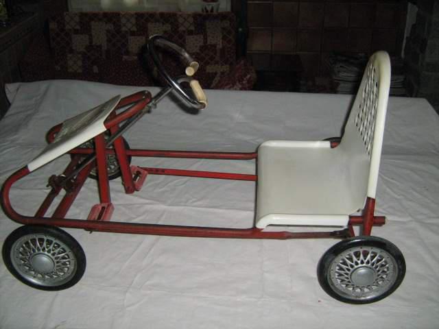 Auto pedali pines