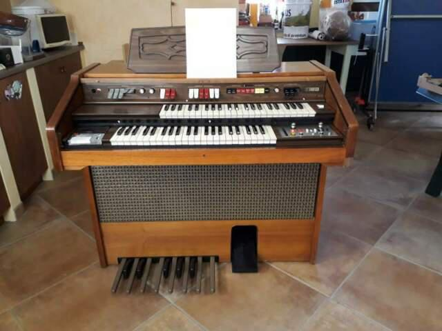 Organo elettronico farfisa 250s