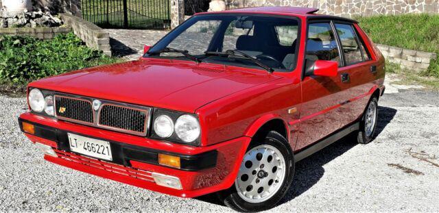 Lancia delta hf 1600 turbo 140 cv