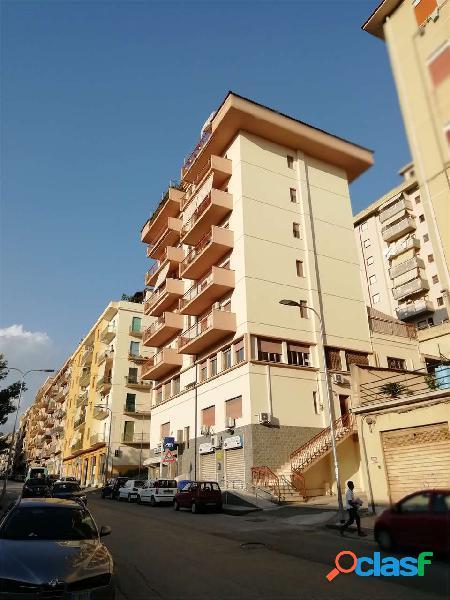 Appartamento in via napoleone colajanni