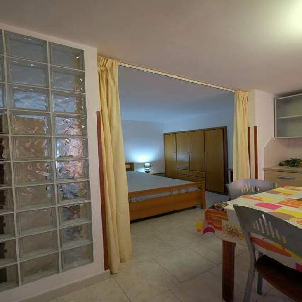 Mini appartamento ristrutturato arredato