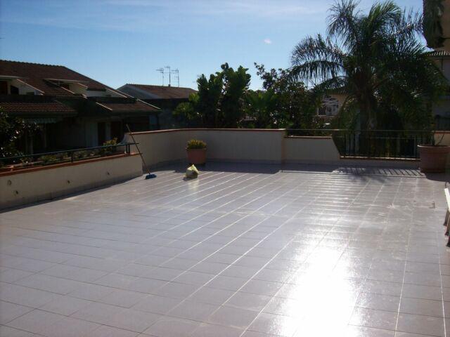 Quadrilocale con terrazza e garage.