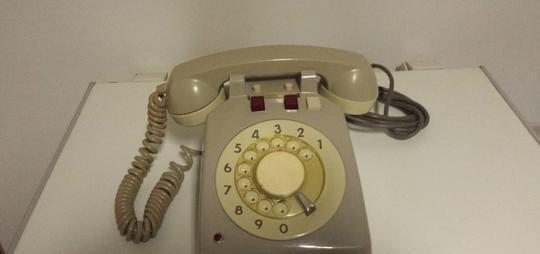 Vendo telefono centralino vintage anni 60 l'aquila