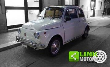 ORIGINALI FIAT 500 Centro Cap-Nero e Argento-condizioni eccellenti /& COMPLETA!