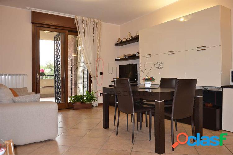 Appartamento bilocale con box Pomezia V.le Odisseo 2