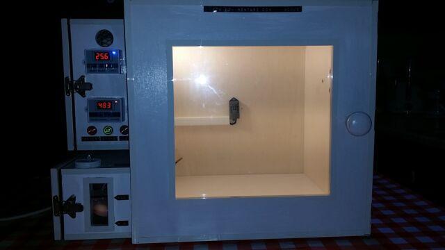 Camera calda climatica digitale nuova per volatili