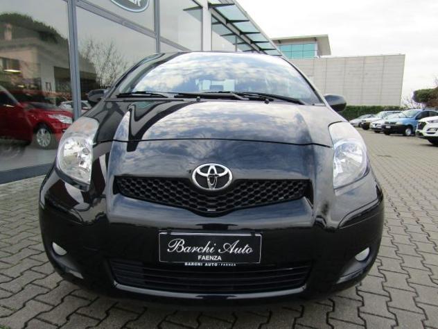 Toyota yaris 1.0 5 porte sol neopatentato rif. 12630778